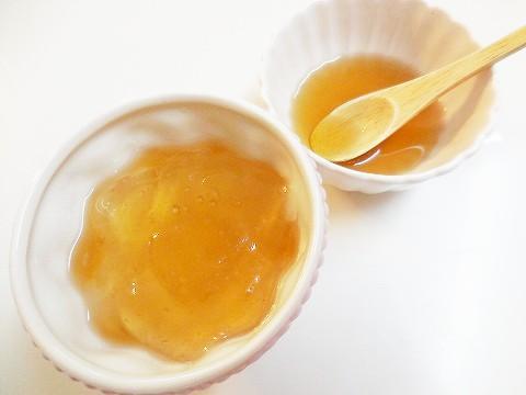 わらびもちとメープルレモンシロップ